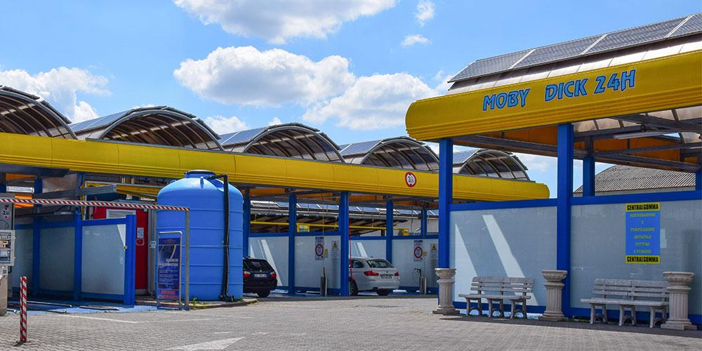 Lavaggio auto a Montemurlo, Prato